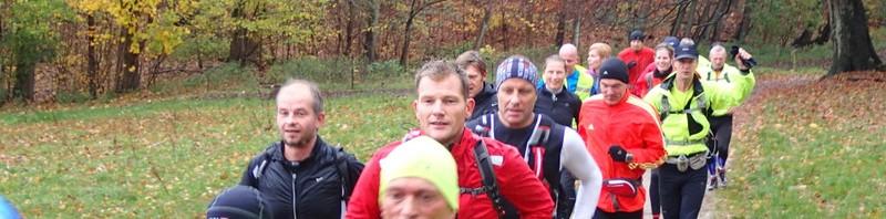 LøbeMagasinet Rudersdal Marathon 2013 - PREVIEW BILLEDER   Men der stadig var god fart i benene ved Sjælssø, der er løbet små 2.5 km.